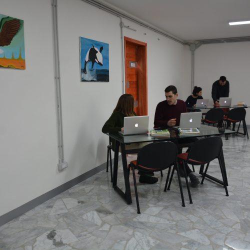 aula studio people 1-min