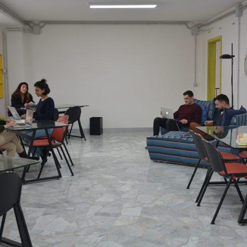 aula studio people 3-min